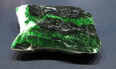 Зеленый нефрит – камень императоров