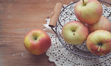 Гадания на орехах, фруктах, ягодах