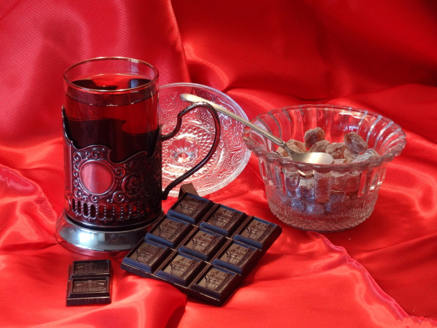 Полезные свойства чая и шоколада