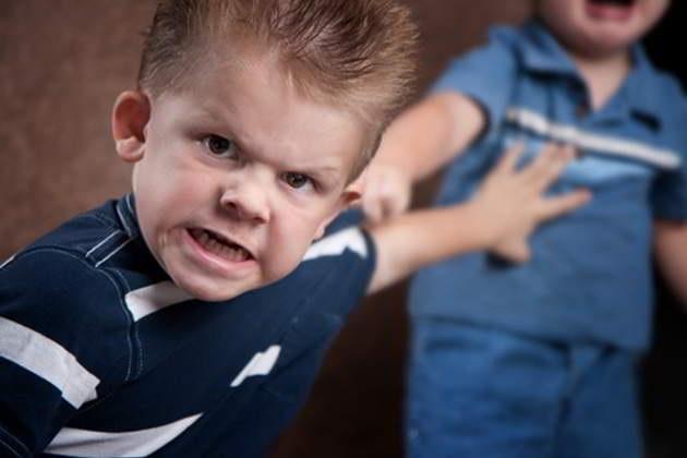 Как изменить поведение ребенка без окриков и шлепков