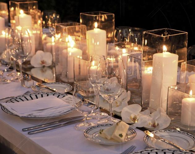 Свечи на свадебном столе