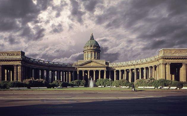 Казанский собор в Петербурге стал храмом-памятником